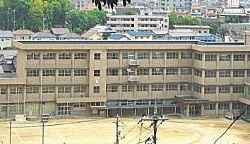 福山市立中央中学校の画像1