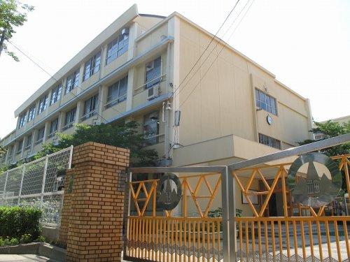 神戸市立神陵台小学校の画像