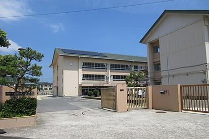 川西市立明峰中学校の画像1