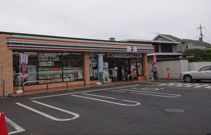 セブンイレブン 所沢上安松店の画像1