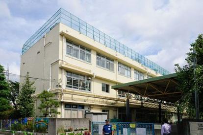 世田谷区立烏山小学校の画像1