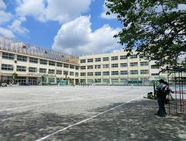 中野区立江古田小学校の画像1