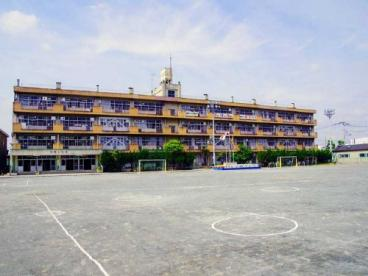 稲荷小学校の画像1
