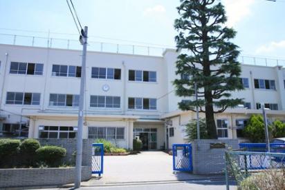中野区立北中野中学校の画像1