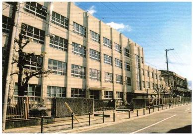 大阪市立矢田西中学校の画像1
