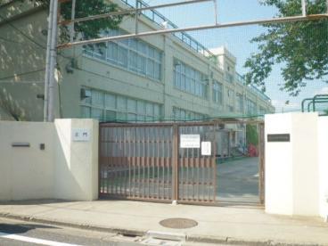 杉並区立神明中学校の画像1