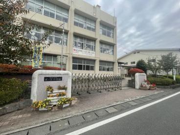 熊本市立尾ノ上小学校の画像1