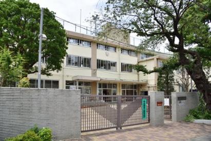 中野区立南中野中学校の画像1