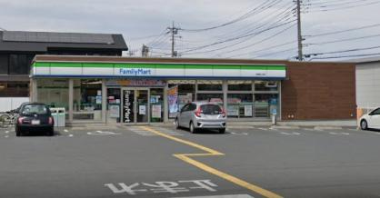 ファミリーマート 日高旭ヶ丘店の画像1