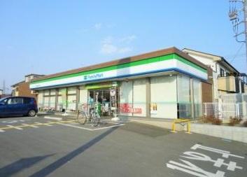 ファミリーマート 飯能加治小学校前店の画像1