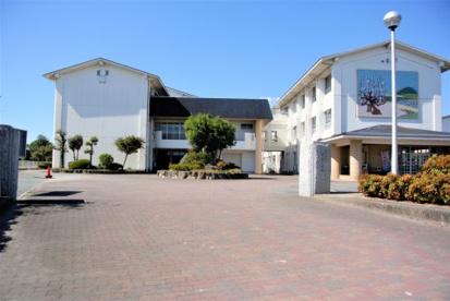 宮の陣中学校の画像1