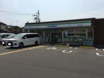 ファミリーマート山科八代店
