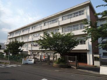 鎌倉市立富士塚小学校の画像1
