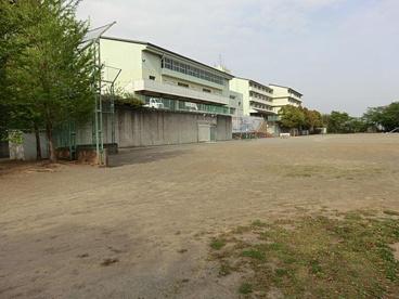 厚木市立飯山小学校の画像1