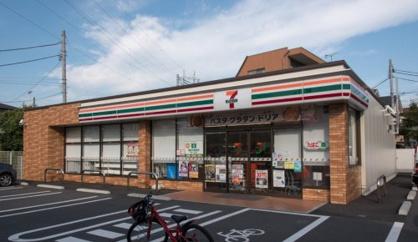 セブンイレブン 足立青井5丁目店の画像1