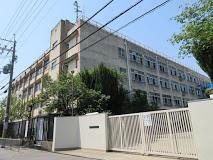 東大阪市若江中学校の画像1
