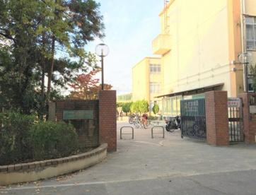 京都市立深草中学校の画像1