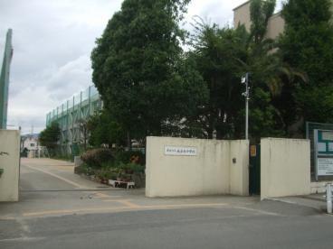 尼崎市立大庄北中学校の画像1
