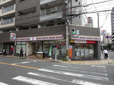 セブンイレブン 吹田広芝町店の画像1