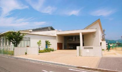 尾道市立向島中学校の画像1