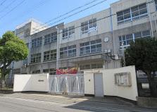 東大阪市盾津東中学校の画像1