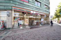 セブンイレブン広島宝町店