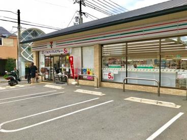 セブンイレブン 伏見深草藤森店の画像1
