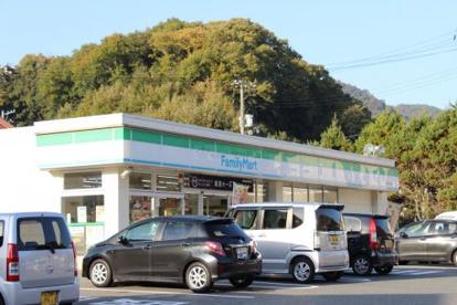 ファミリーマート 三原中之町店の画像1