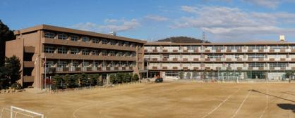 尾道市立栗原小学校の画像1