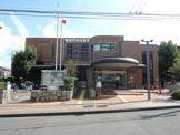 横浜市栄図書館