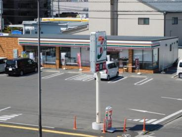 セブンイレブン 松山中央1丁目店の画像1