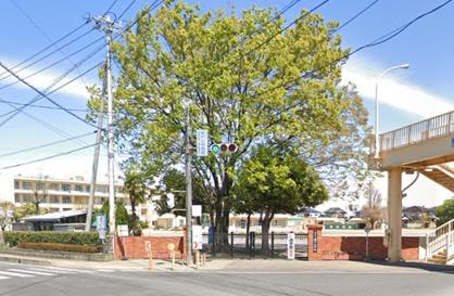 坂戸市立坂戸小学校の画像1