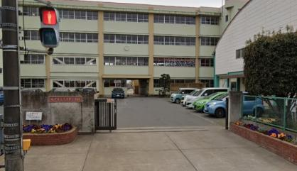 坂戸市立三芳野小学校の画像1