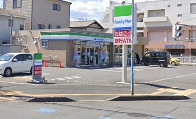 ファミリーマート 坂戸薬師町店の画像1
