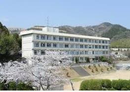 城山中学校の画像1