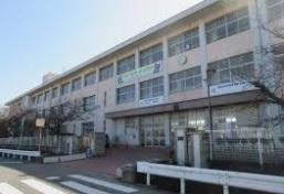 網干中学校の画像1