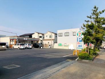 セブンイレブン 茅ヶ崎本村3丁目店の画像1