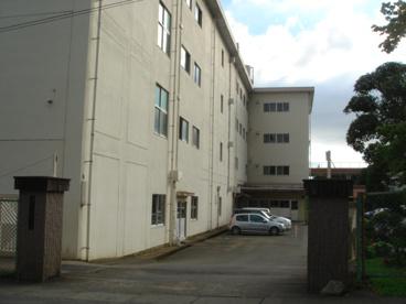三島市立錦田中学校の画像1