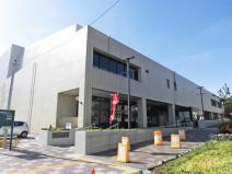 川崎市立幸図書館