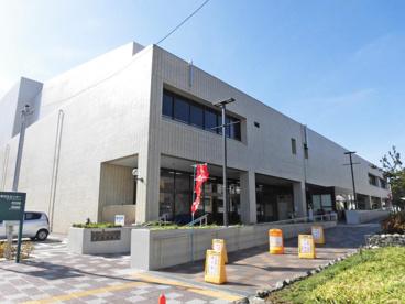 川崎市立幸図書館の画像1