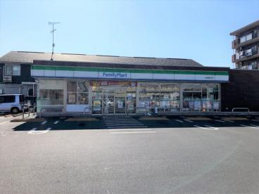 ファミリーマート 千葉浜野中央店の画像1