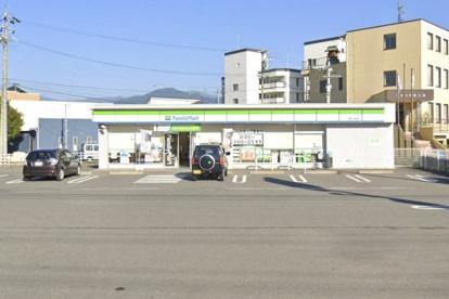 ファミリーマート 長野上高田店の画像1