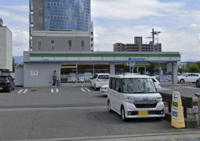 ファミリーマート 長野若里店の画像1