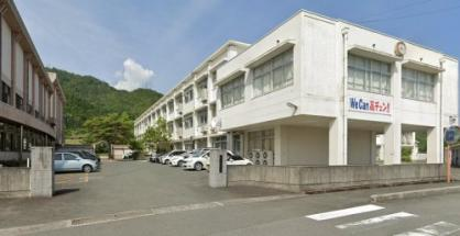 高島中学校の画像1
