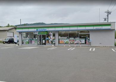 ファミリーマート 長野吉田四丁目店の画像1