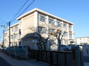 岐阜市立三里小学校の画像1