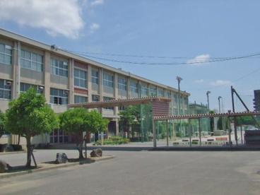 岐阜市立加納中学校の画像1