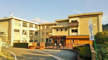 岐阜市立方県小学校の画像1