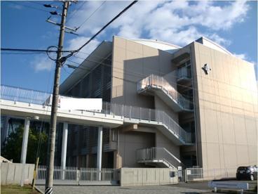 山県市立高富中学校の画像1