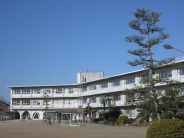 笠松町立松枝小学校の画像1